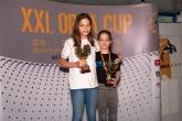 V kategórii 10-11 ročných najlepší bodový výkon dosiahla Reka Varsanyi z Maďarska (na snímke vľavo) za 100m prsia časom 1:21.15s V kategórii 8-9 ročných najlepší bodový výkon dosiahla Olga Racz Maďarska (na snímke vpravo) za 100m prsia časom 1:35.07s